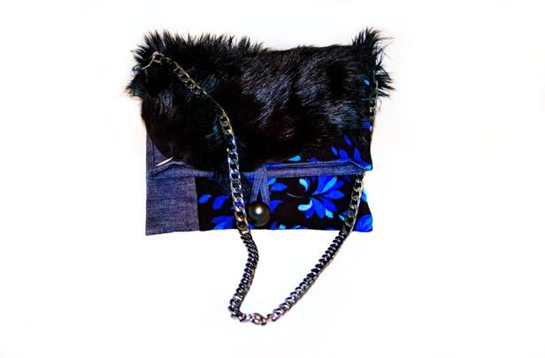 Mavi karanfilli çanta önden.jpg
