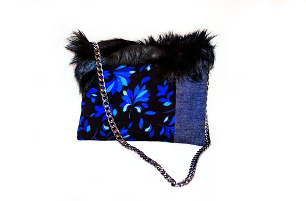 Mavi karanfilli çanta arkası2.jpg