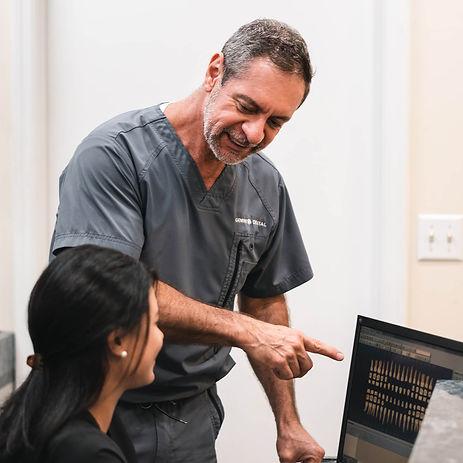 Emergency dentists in Miami