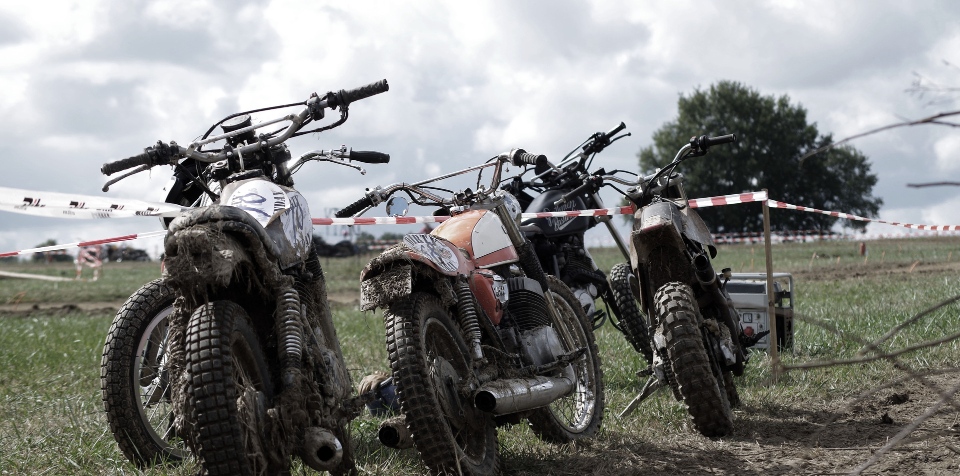 Motos Dirty Sunday