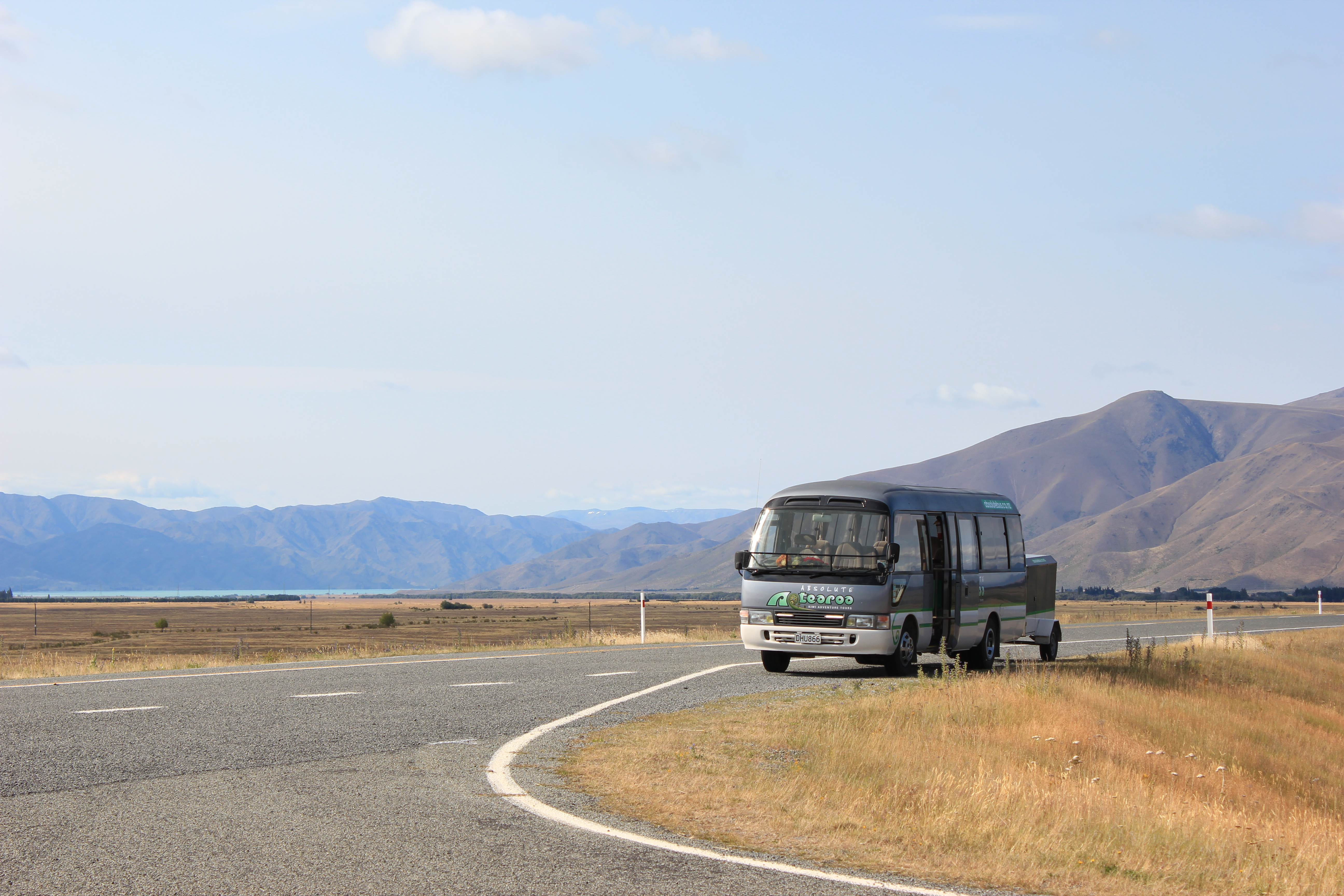 Twizel-Tekapo Road - photo stop!