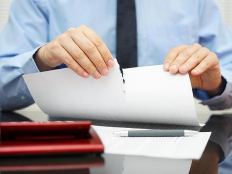 Опубликован закон об отказе с 2021 года от бумажных лицензий