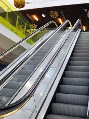 Escaleras electricas 1.jpg
