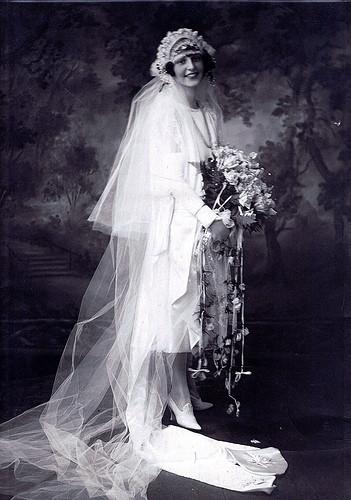 primeiro vestido de noiva branco