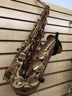 Honey gold lacquer Oleg alto sax