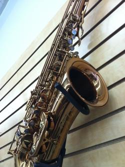 Oleg tenor sax