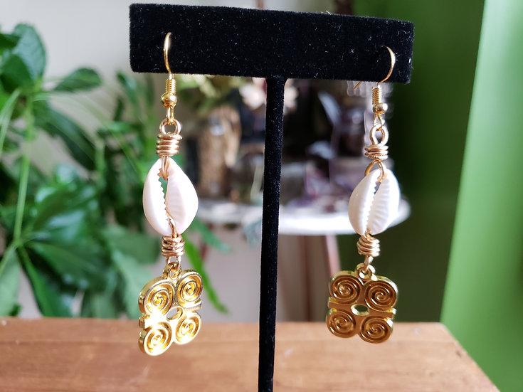 Brass Dwennimmen + Cowrie Earrings
