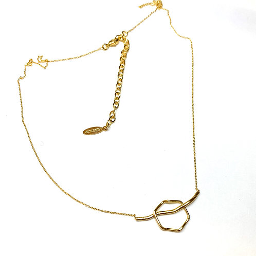 Collier HE33