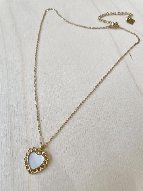 Collier coeur nacre