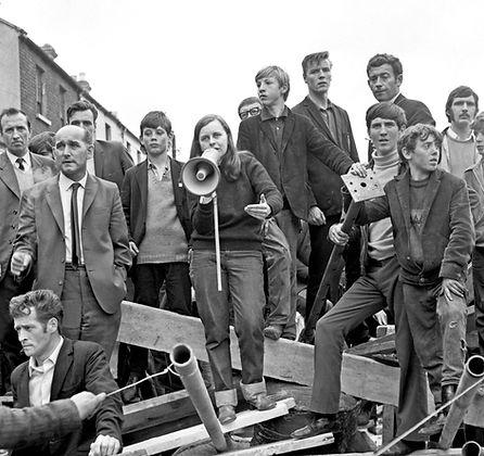 Bernadette Devlin addressing Bogside residents in 1969 (Credit: attributed to Lauren Doherty)