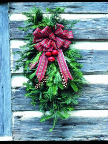 """Decorated Mixed Gift Swag (24"""")"""