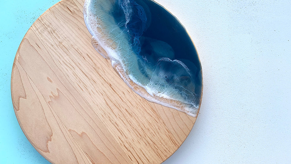 Classic Round Serving Board - Maple