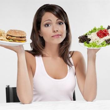 5 ERRORI CHE LE DONNE COMMETTONO QUANDO INIZIANO UNA DIETA