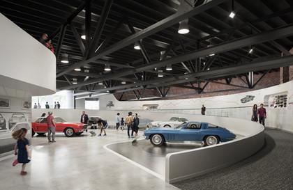040_Edge_Motor_Museum_Memphis_Interior_V