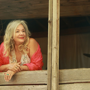 Singer/Songwriter Leeann Atherton Shares New Music and Pecan Pie Recipe