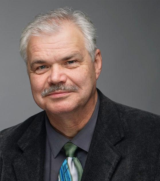 Dr. Kevin Helppie, Baritone