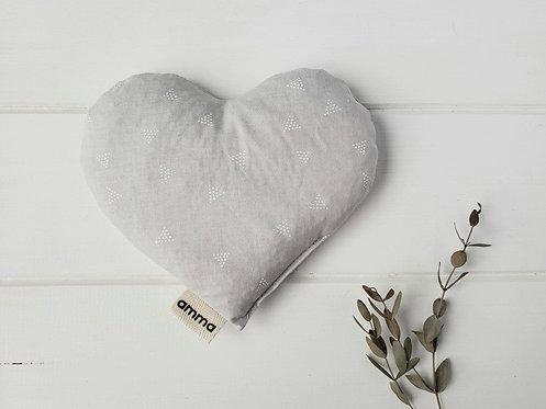 Coussin réconfort Cœur  - Triangles blancs sur gris / Amma Thérapie