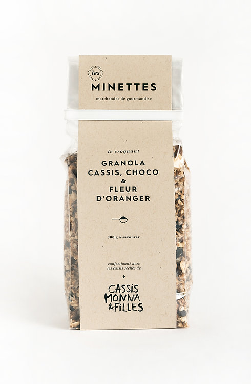 Granola cassis, chocolat & fleur d'oranger - Les Minettes