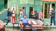 Kesän Koukussa-näytelmä valmistuu epävarmojen koronarajoitusten varjossa
