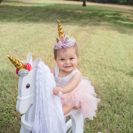 Dallas One Year Session: Avila Family