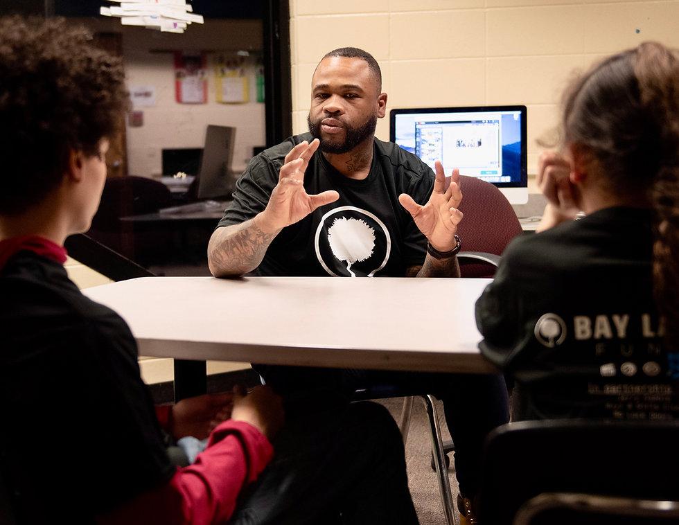 Chillah Rose teaching at the Bay Laurel