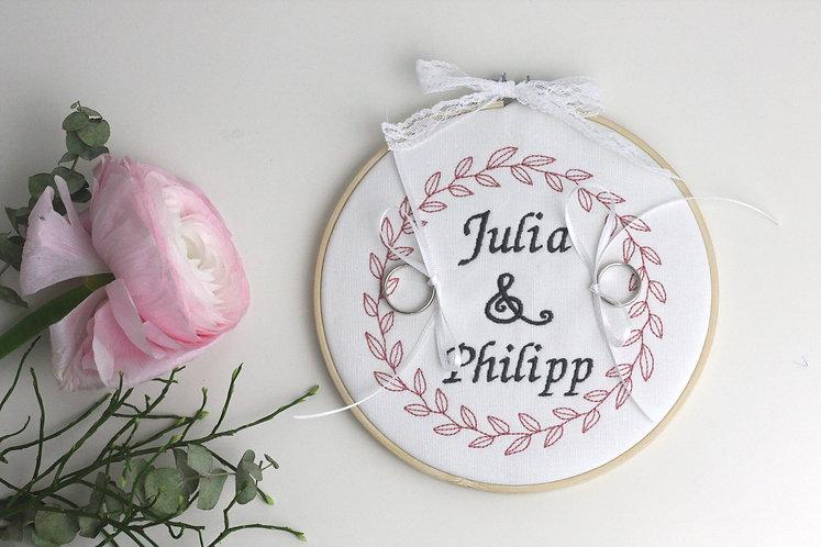 """Ringkissen/Stickrahmen/Stickbild """"Julia"""""""
