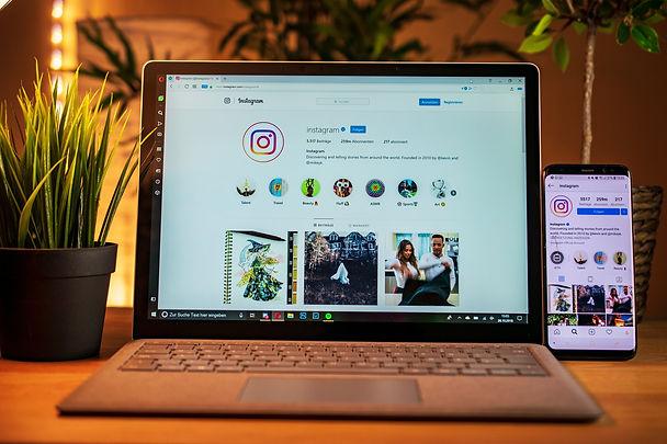 laptop-3781384_1920.jpg