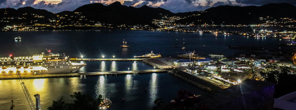 Night scenes of St. Maarten