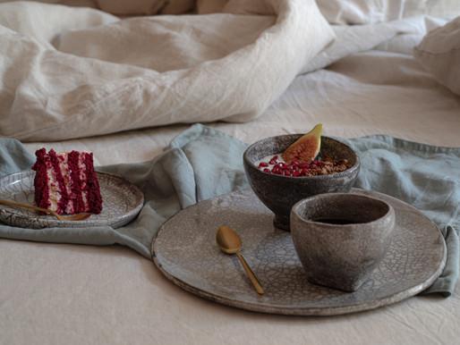 As louças feitas à mão da Ana Dominguez inspiram-se numa técnica japonesa