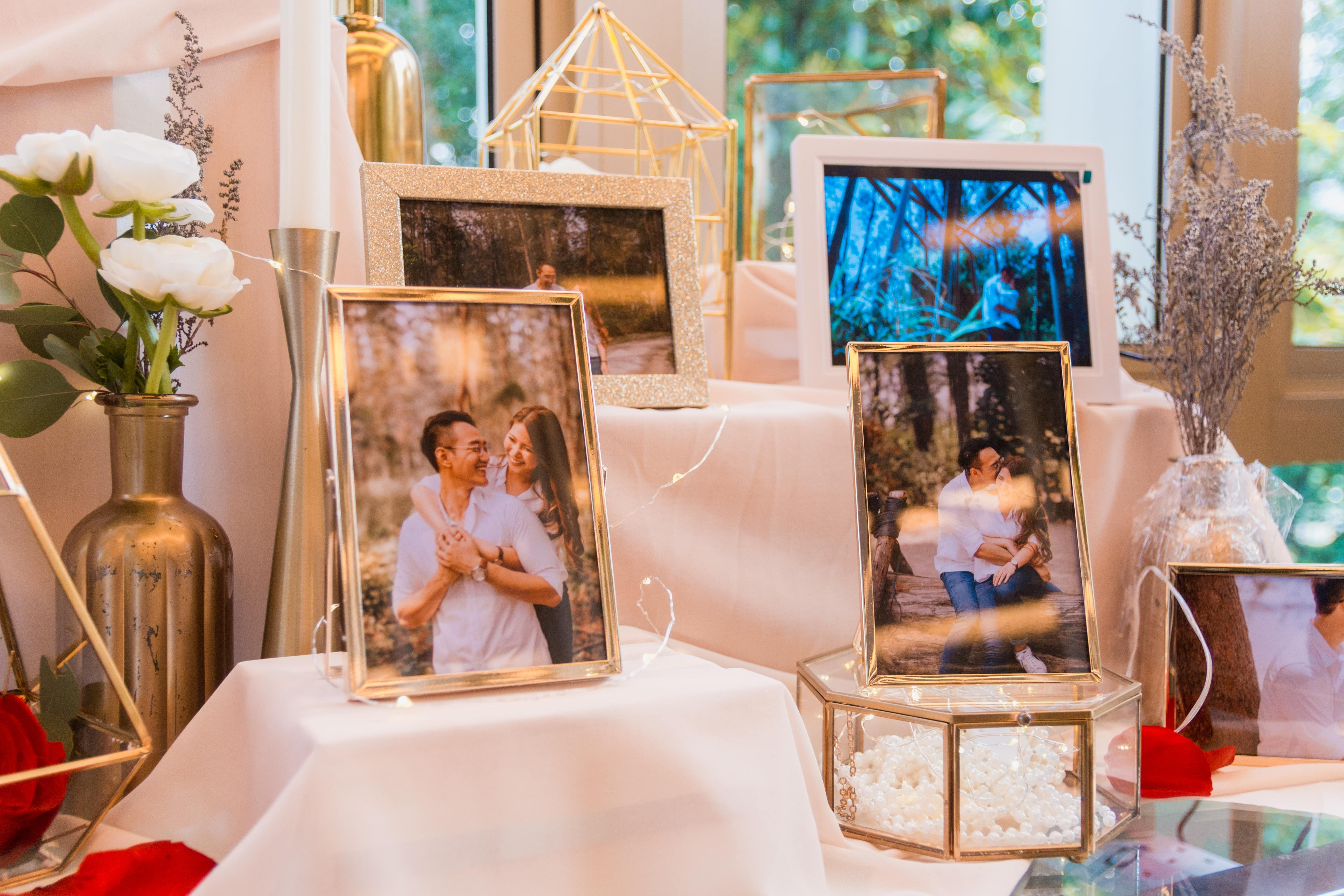 wedding album decor