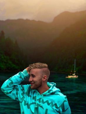 Alaska adventures 🚢 🌊 🦌.jpg