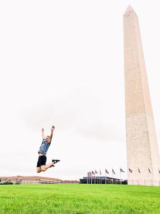 Washington on point._._.jpg
