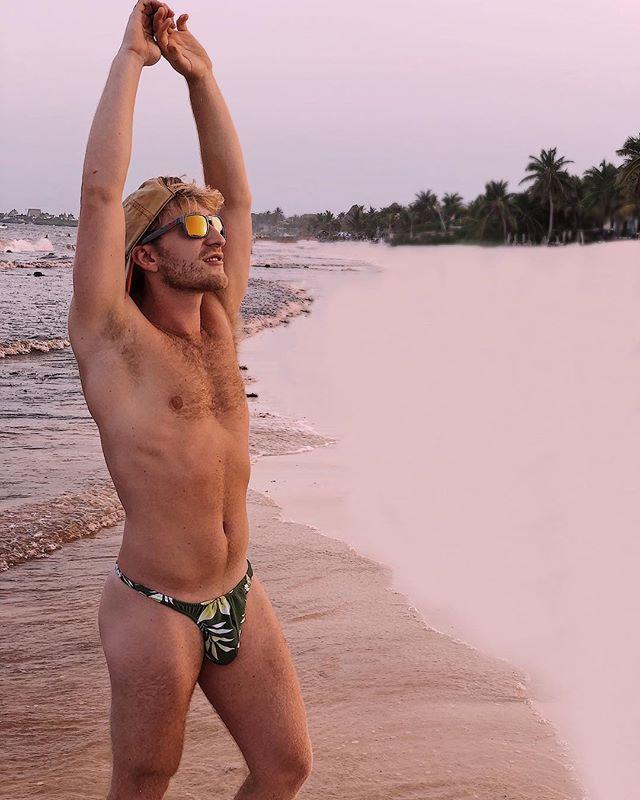 No one likes shady beaches._._.jpg