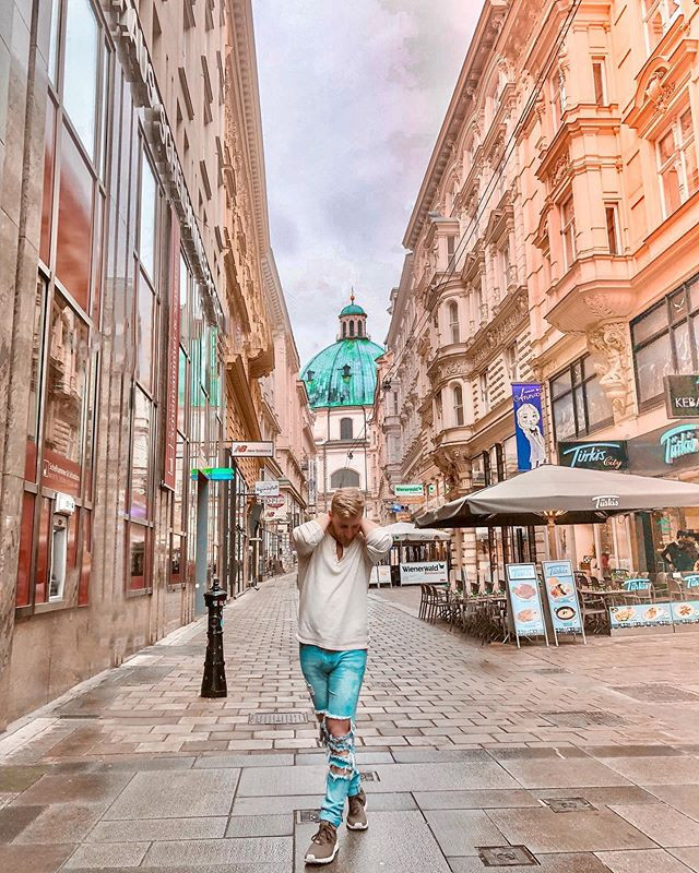 Get lost in Vienna..jpg