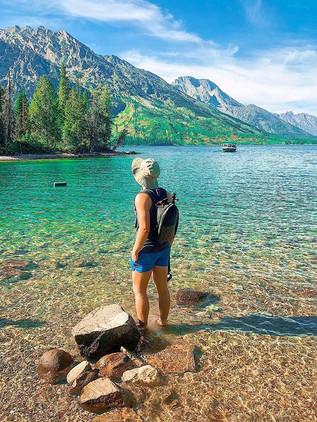 Who wants to take a dip__._._#hikingforl