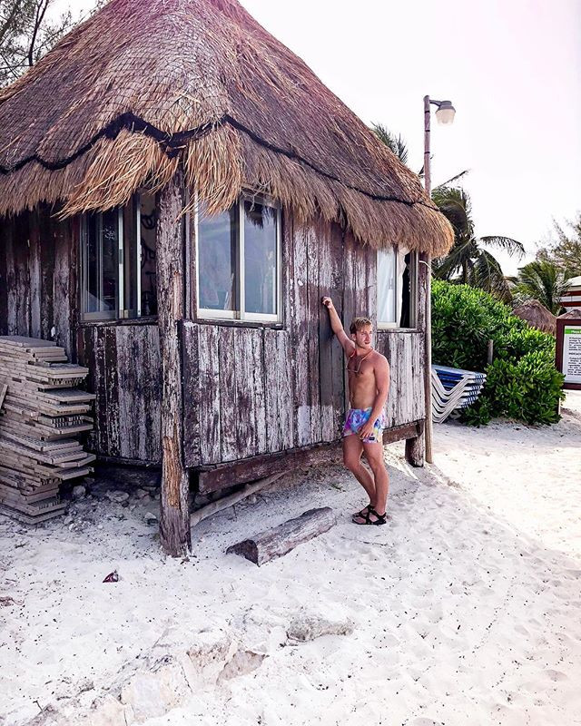 I only came for the Tiki huts and butts.