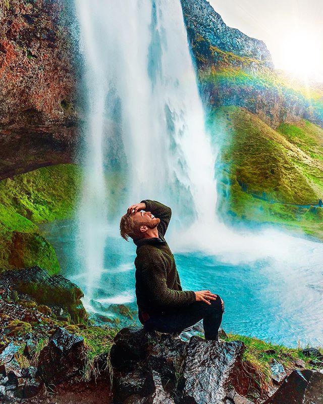 Trippin' on skies, sippin' waterfalls..j