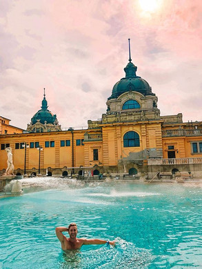 Sunday funday at the famous Széchenyi th