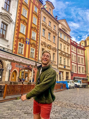 These Praha streets are magical 🧙♂️ ✨