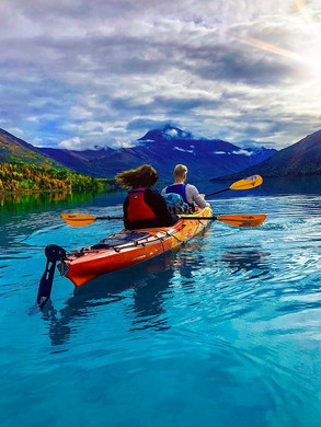 """""""Are you even paddling back there 🛶?!?"""""""