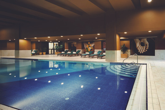 malta-pool-hotel-intercontinentaljpg