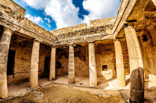paphos-pamiatky-stavba-1024x683jpg