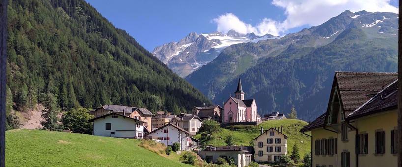0001483_tour-du-mont-blanc-and-the-chamo
