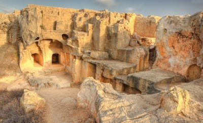 paphos-tombs-of-the-kingsjpg