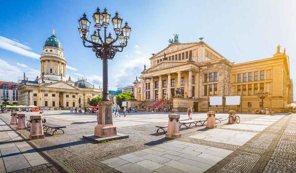 berlin-gendarmenmarkt-1024x602jpg