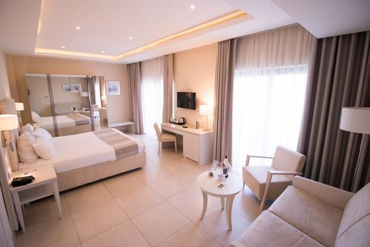deluxe-junior-suite-garden-850-2jpg