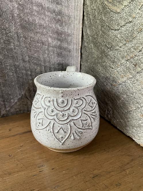 No. 24 Speckled White Slip Trail Mug