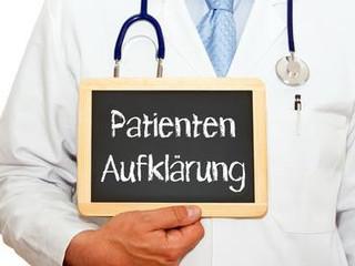 Unzureichende Aufklärung über Behandlungsrisiken begründet Arzthaftung.