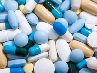 Aufklärungspflicht zu Nebenwirkungen von Medikamenten.