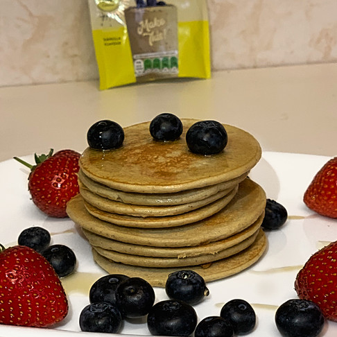 The Easiest Protein Pancakes! - Super delicious and healthy!